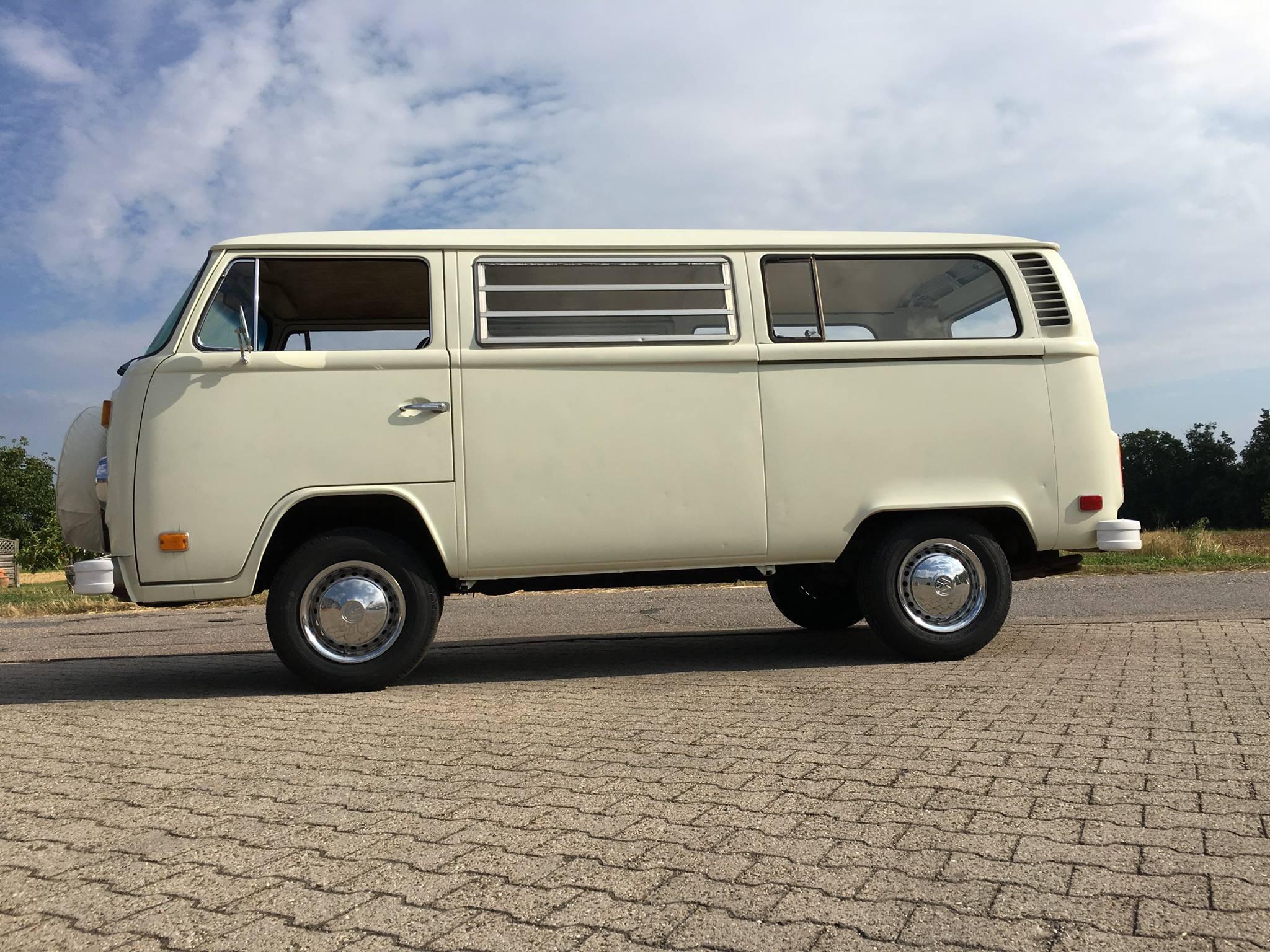 liebe auf den ersten blick selfiebus dein fotobus miete den fotobus in k ln frankfurt. Black Bedroom Furniture Sets. Home Design Ideas