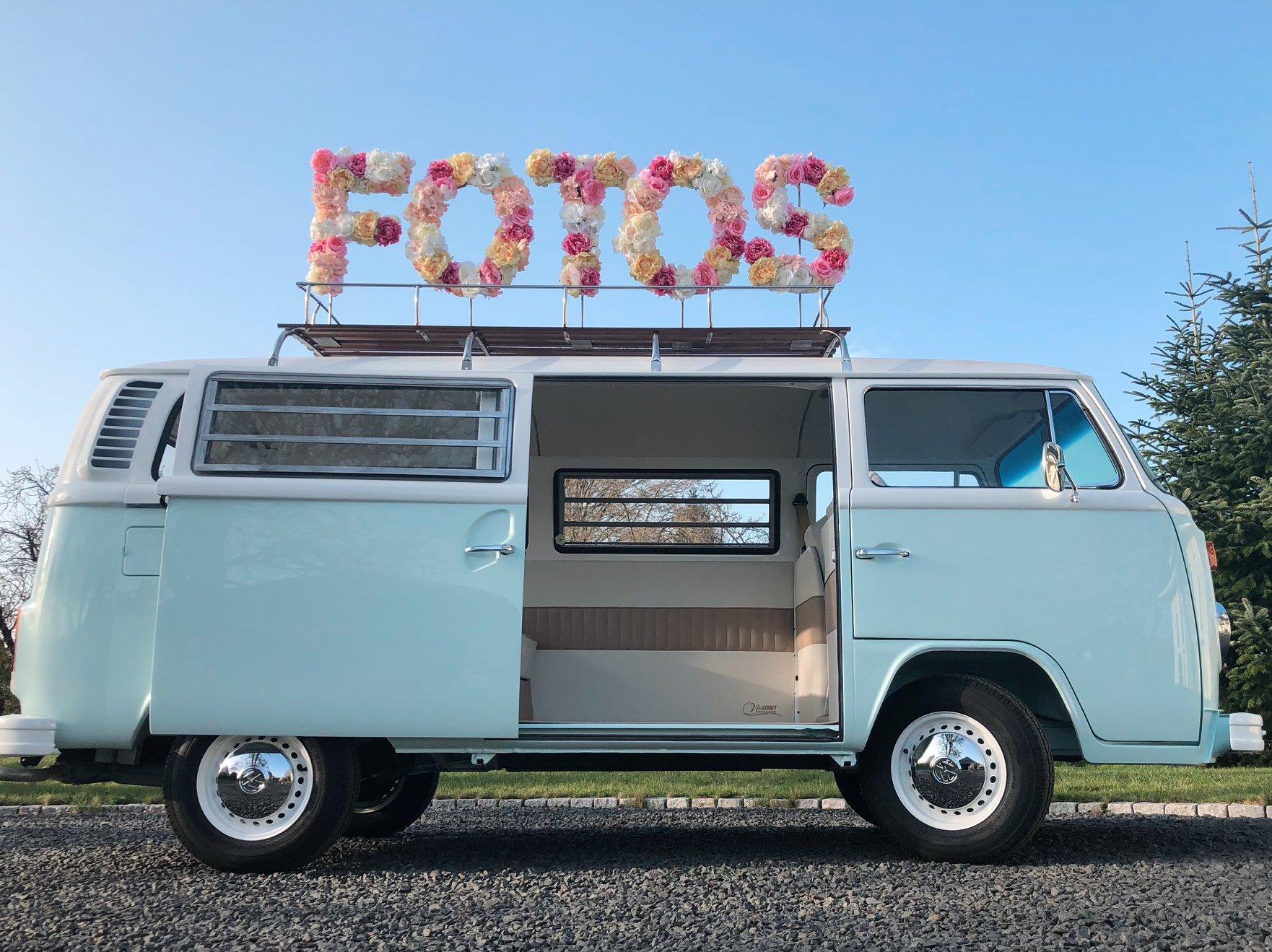 fotobus mieten in k ln frankfurt dar ber hinaus der selfiebus. Black Bedroom Furniture Sets. Home Design Ideas